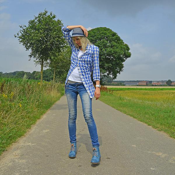 blauesoutfit