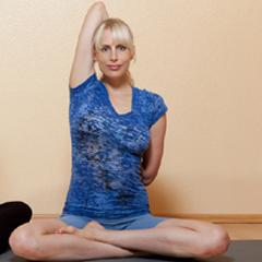 Elischeba_Yogamodel_August-2012_240x240