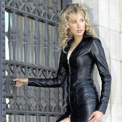 Elischeba-Lady-in-Leather_240x240
