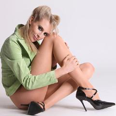 nylon_nude_20110323_1219455219_240x240